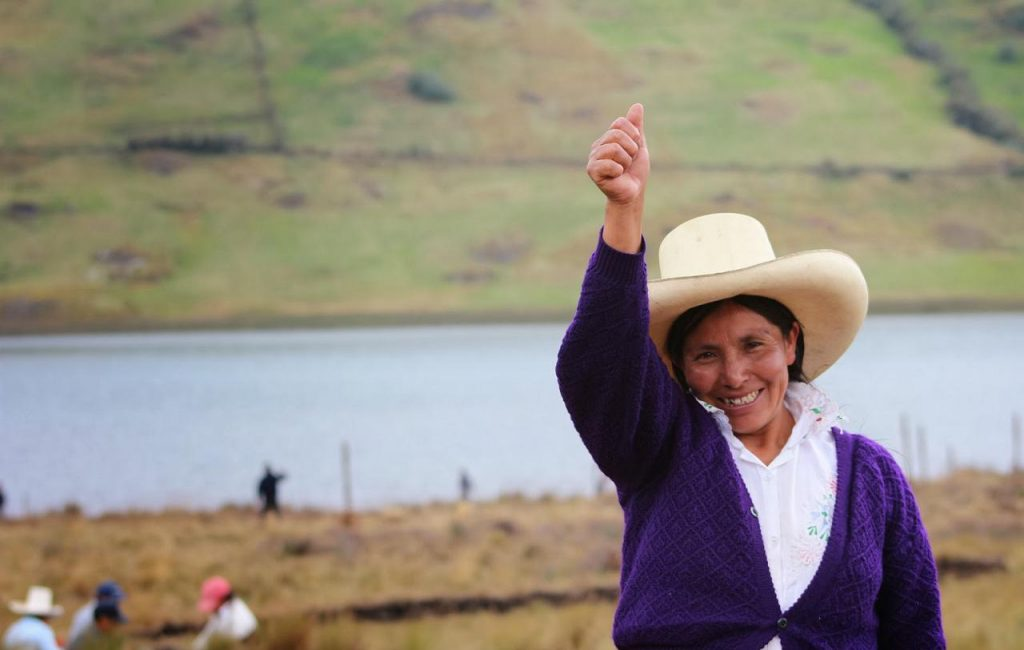 "Campesina feliz DiPaz welcomes  to the announcement of unilateral ceasefire guerrilla ELN ""Ejército de Liberación Nacional"